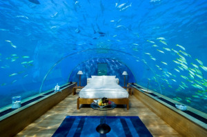Conradmaldivesunderwatersuiteemail
