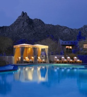 four-seasons-scottsdale-pool-resize.jpg