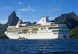 m/s Paul Gauguin in Moorea