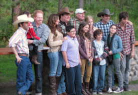 modern_family_vacation_sweeps_lost_creek_ranch_wyoming