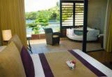 Ocean View Jacuzzi Suite at Radisson Plaza Resort Tahiti
