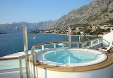 Aft Jacuzzi o n Seabourn Odyssey