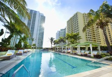 Conrad Miami Pool