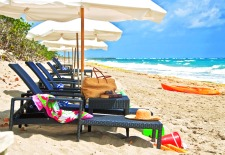 Jupiter-beach-resort-lounge-chairs