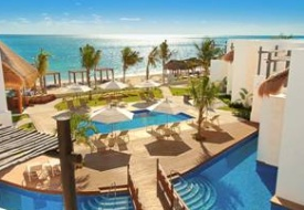 Azul Beach Resort