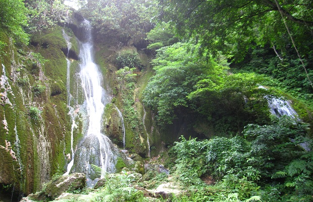 Mele Cascades