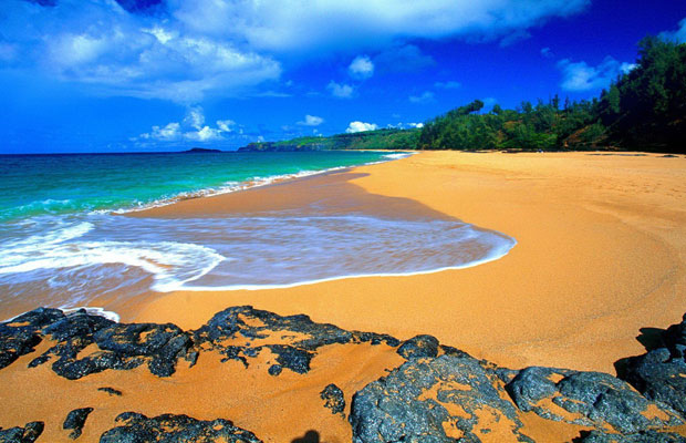 Beautiful-hawaii-beach