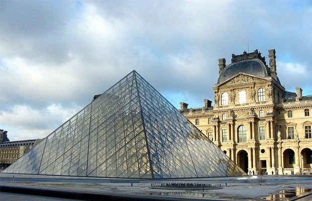 Ways to Save Time at The Louvre
