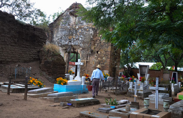 Xoxocotlan-Cemetery