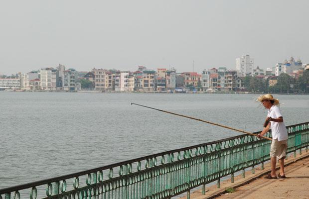Hanoi-fisherman