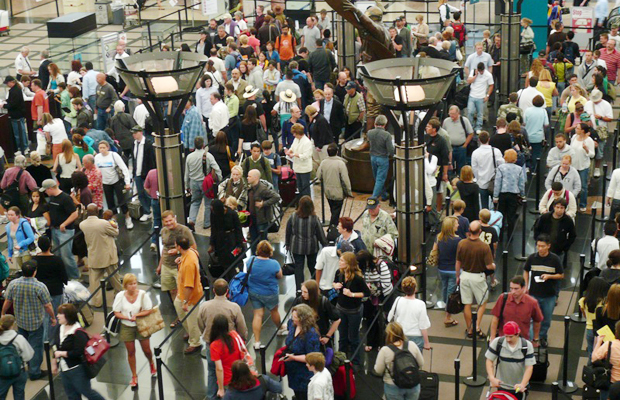 denver-airport-long-lines-alice-daer