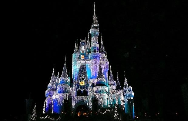 620x400_Flickrkathika_DisneyWorldchristmas
