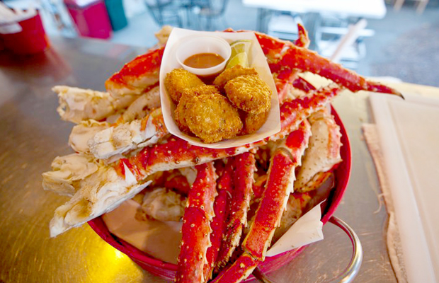 juneau - alaska - tracys king crab shack - chris beck - 620