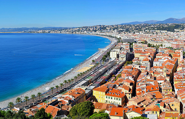 nice - french riviera - baie des anges - wikimedia commons-tobi_87 - 620