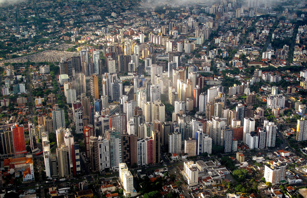 Curitiba-brazil-francisco-anzola-620