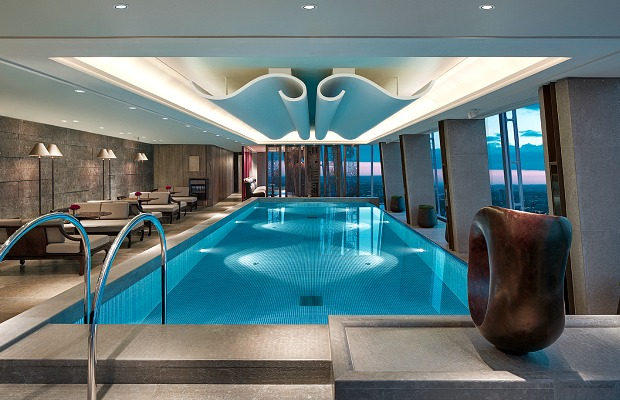 620x400_skypool-at-gong-shangri-la-hotel-at-the-shard-london-high-res