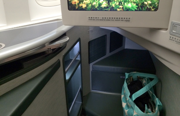 eva air - business class - lie flat beds - storage - christine wei - 620