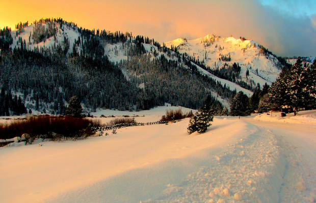 Squaw Valley - flickr-Rennett Stowe