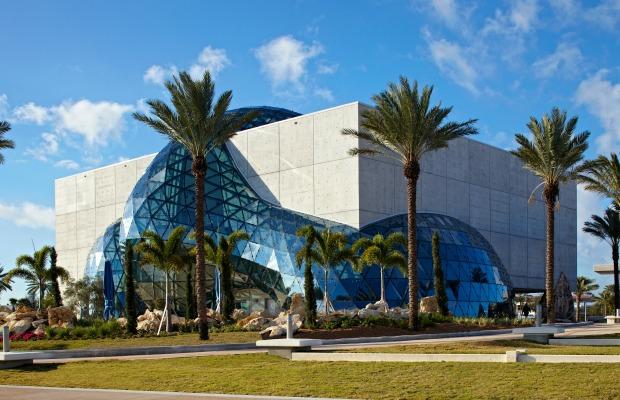 5 ©2014 – Salvador Dalí Museum, Inc., St. Petersburg, FL