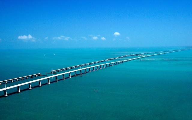 Florida Keys Scenic Highway, a great cheap road trip