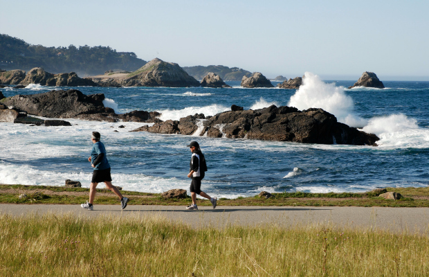 Marianne-mangold1-big-sur-international-marathon
