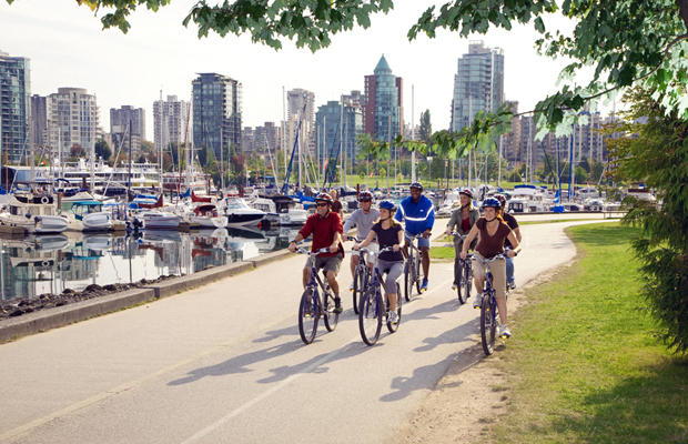 biking in vancouver on the seawall