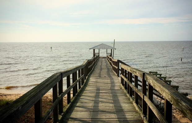 A Pier in Fairhope, Alabama - an easy southern getaway