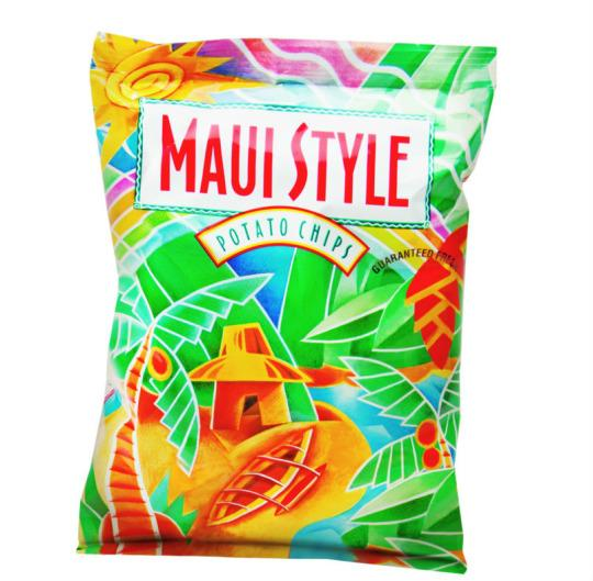 Hawaiian Airlines mai tais, meals, and chips