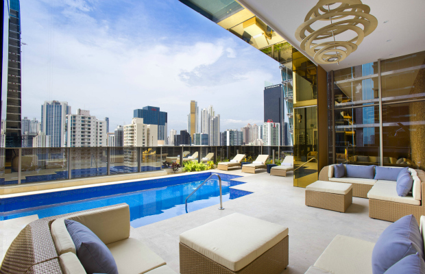 Rooftop pool at Grace Panama
