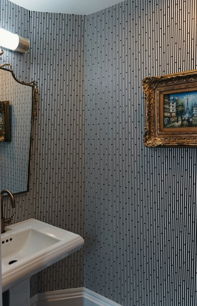 Bathroom at the Henry Howard Hotel in New Orleans, Louisiana