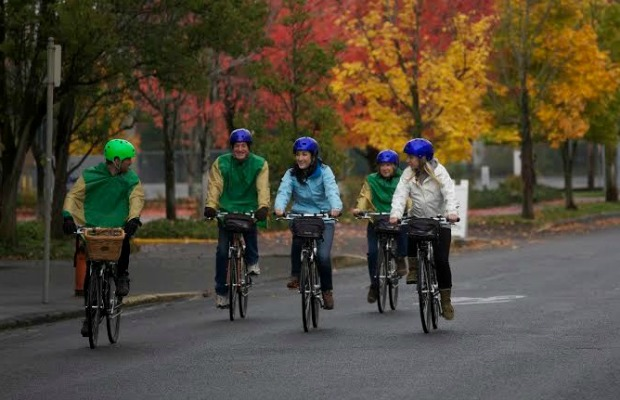 Pedaling-through-portland-travelportland-com