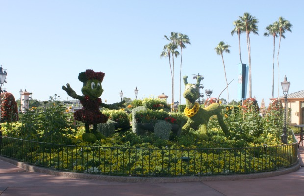 Minnie and Pluto topiaries at Epcot