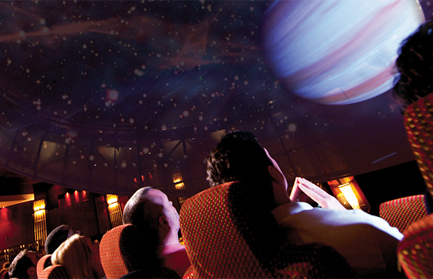 Illuminations Planetarium/Queen Mary 2