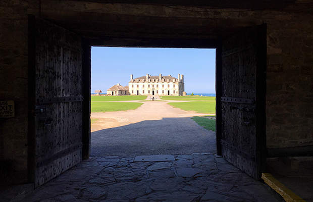 Old Fort Niagara/Hillary Richard