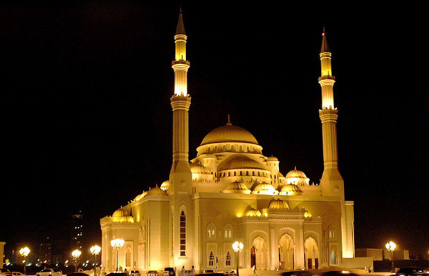 Al-noor-mosque-in-sharjah