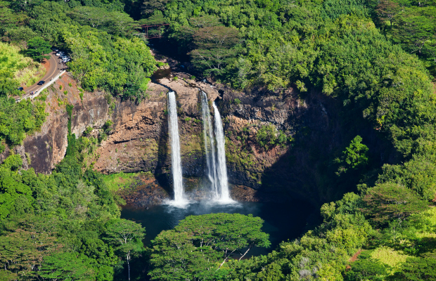 Wailua-falls1-kauai-photo-courtesy-hawaii-tourism-authority-htator-johnson-3