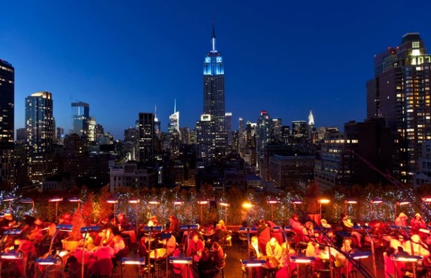 New York, 230 Fifth, Rooftop bar